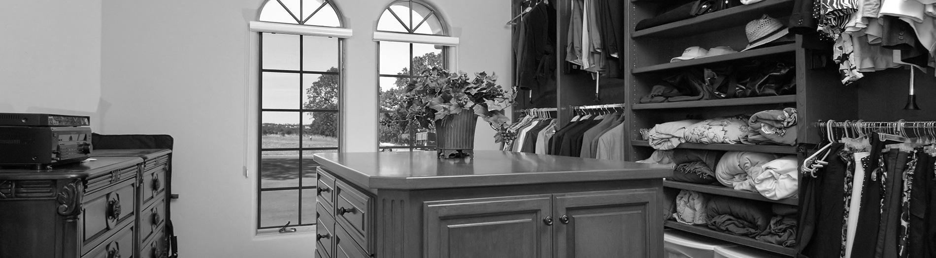 st-charles-closets-banner-4-gray