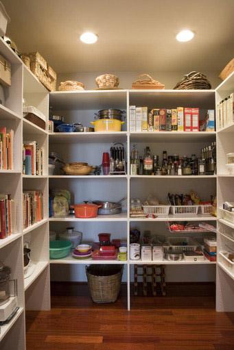 st-charles-closets-pantries (5)